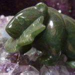 Comment nettoyer une pierre de jade?